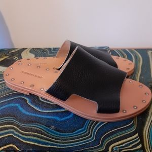 Country Road leather slip on sandals